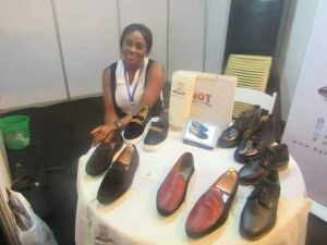 Nkiru displaying her works at a recent event in Lagos